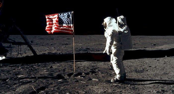 Apollo 20 – In cautarea astronavei extraterestre