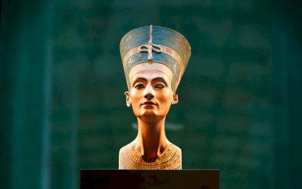 Unul dintre cele mai mari mistere ale lumii: mormantul reginei egiptene Nefertiti ar fi fost descoperit