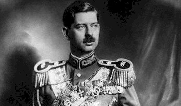 Cum a instaurat Regele Carol al II-lea dictatura în România