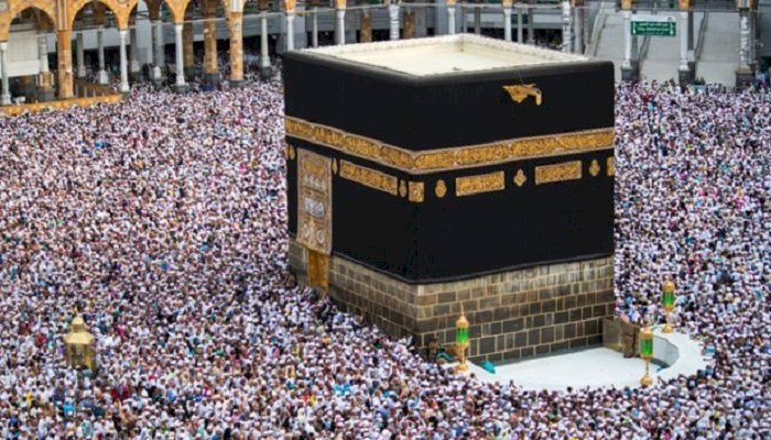 Kaaba sau piatra sfântă venită din spaţiul cosmic
